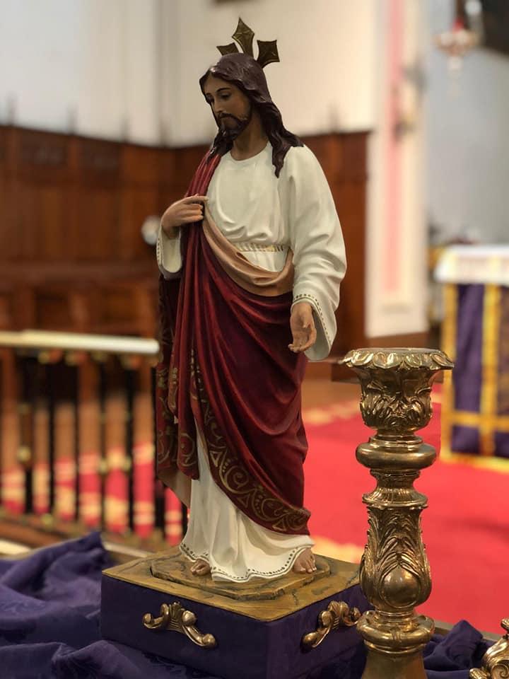 Visita a la parroquia del Corpus